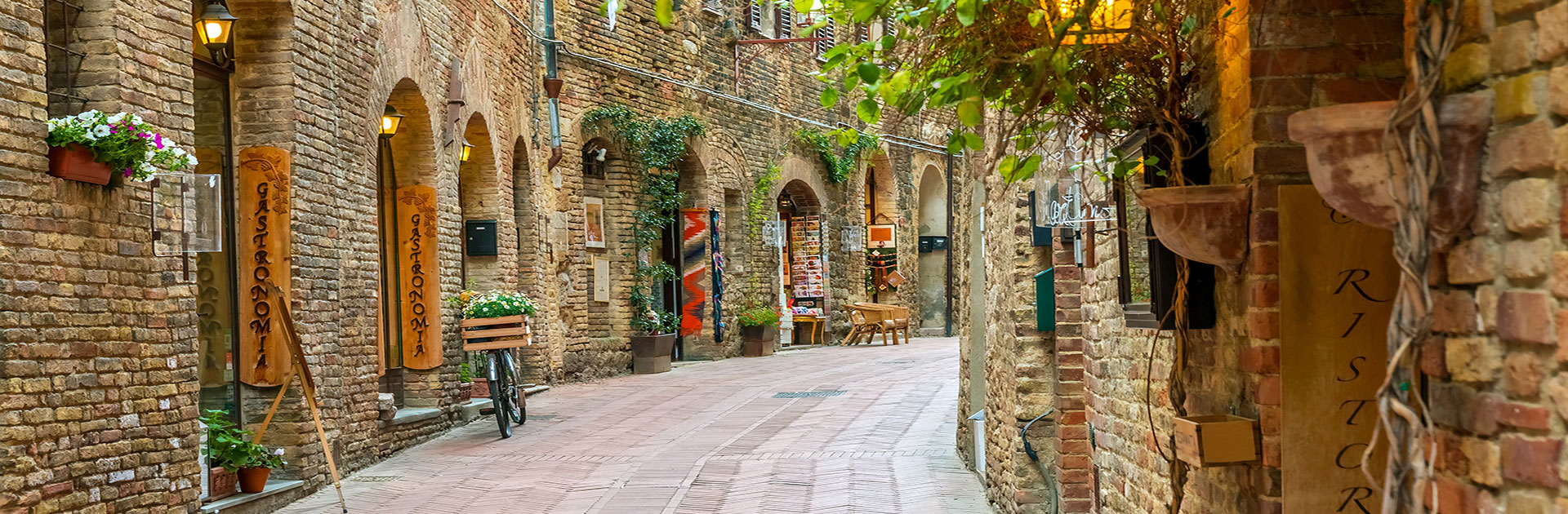 Tuscany Italy small group walking tour